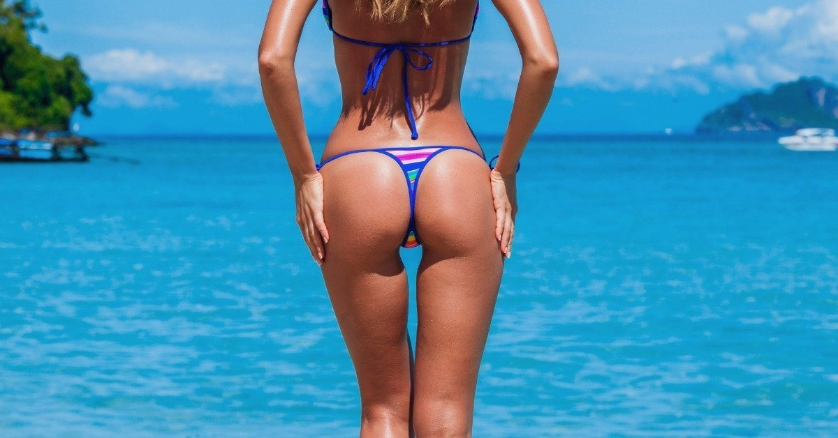 Thigh gap from behind
